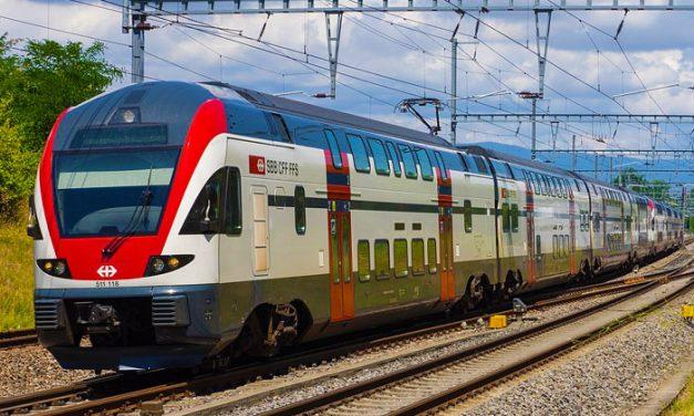 Menő emeletes vonattal utazhatsz az agglomerációból Budapestre