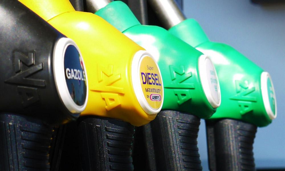Jó hír az autósok számára: Csökkent az üzemanyagok ára