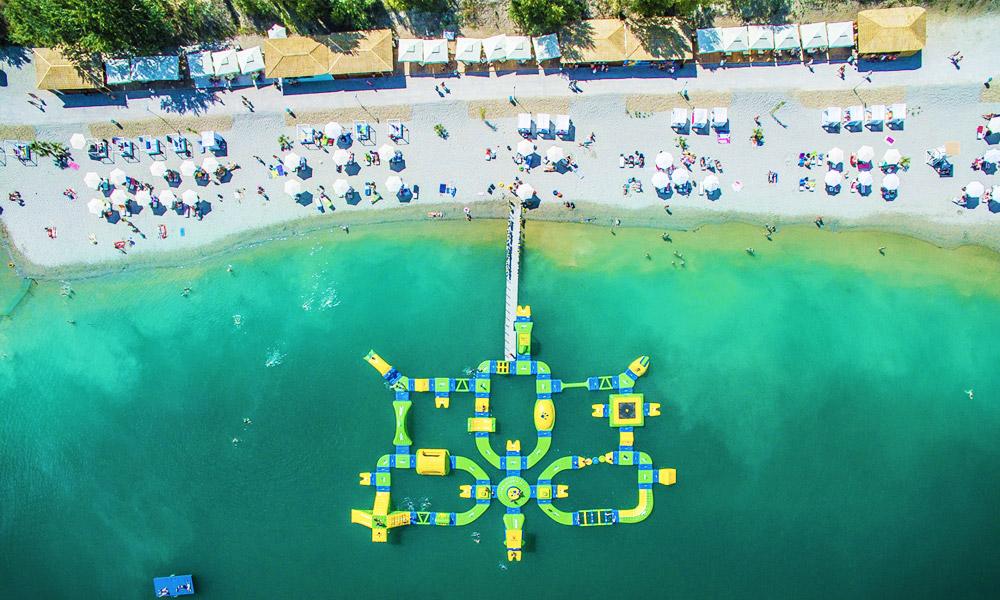 Megnyílt Budapest tengerpartja a Lupa-tónál, Budakalász mellett