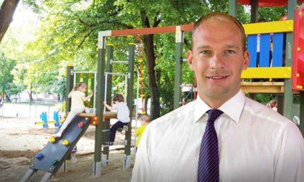Meglepő húzás! A szülők egy része lájkolni fogja a gyömrői polgármester javaslatát
