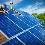 Erre sokan vártak: újra ingyenhitelt adnak napelemekre, pakold tele a tetődet te is energiatakarékos eszközökkel