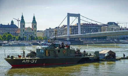 Várhatóan szerdán emelik ki a bombát a Dunából