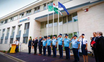 Felszentelték az új rendőrséget, nagyobb lehet a biztonság az agglomerációban is