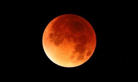Élőben nézhetted nálunk a holdfogyatkozást, felhő nélkül is látszott minden!
