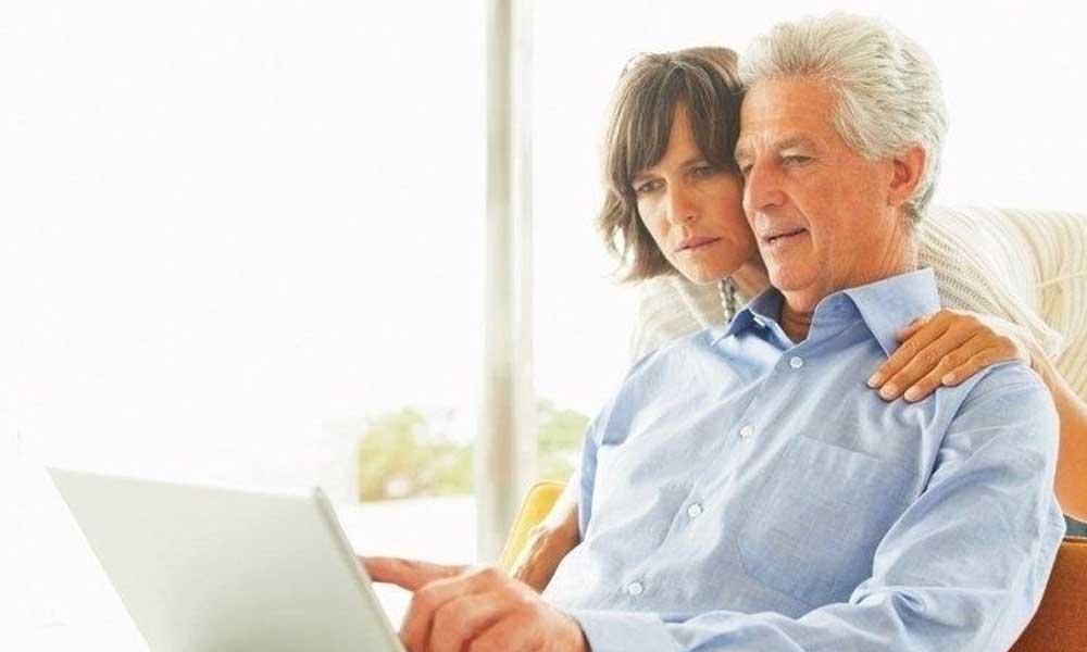 Olcsóbb lesz az utalás, és a nyugdíjasok foglalkoztatása!