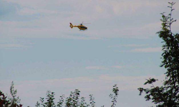 Mentőhelikopter körözött leszállóhelyet keresve Páty felett