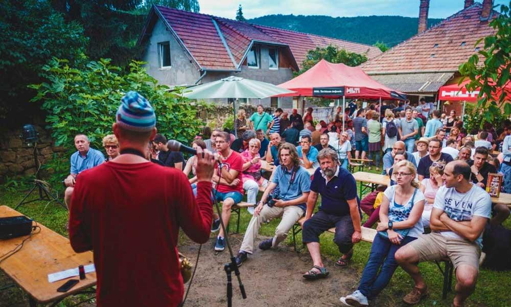 Levendula, sör és fesztivál! Lendületben a helyiek Pilisborosjenőn