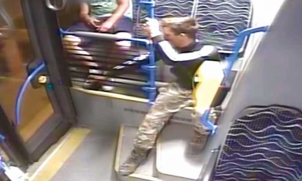Ne aludj el a pesti buszokon, mert ez veled is megtörténhet – VIDEÓ