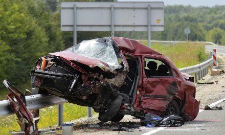 Dugó az M7-esen! Két autó ütközött a Budapestről kivezető oldalon