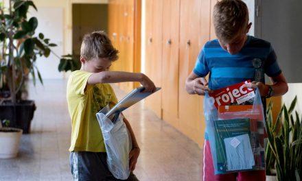 Az utolsó tankönyvcsomagok is megérkeztek az iskolákba