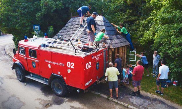 Piroska segített a buszmegállóban, örülnek a helyiek!