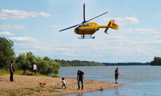 Mentőhelikopter érkezett Váchoz, belefulladt egy fiú a Dunába