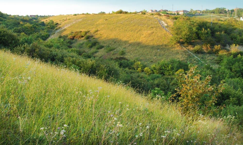 Szemétlerakó helyett a természet kincstára lett a Fundoklia-völgy