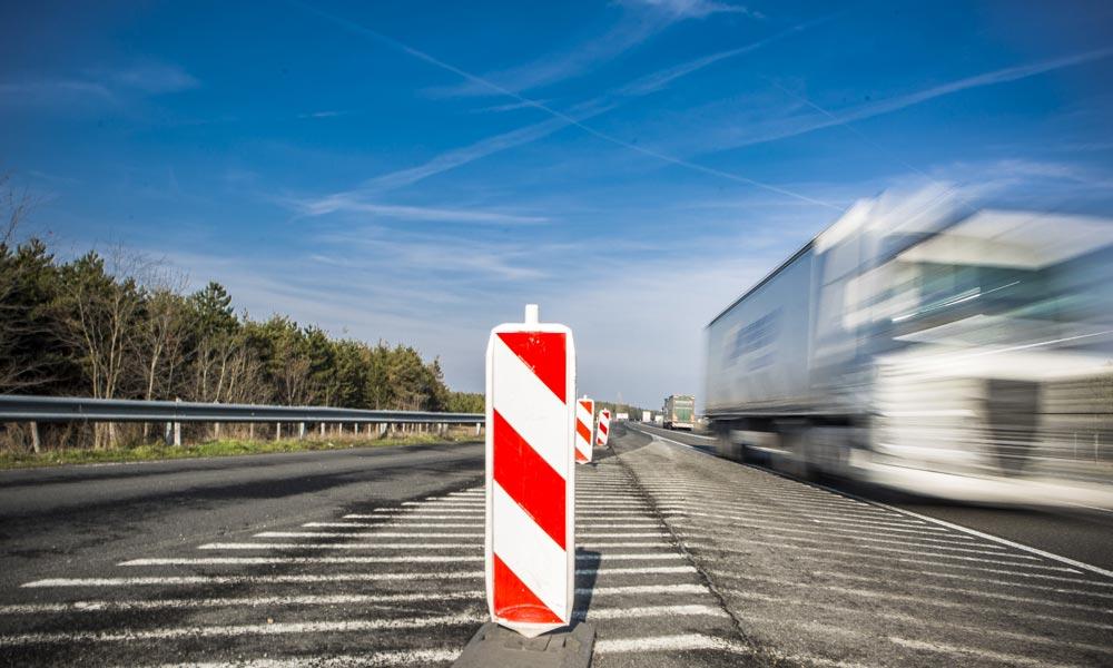 Forgalomkorlátozás az M1-esen csütörtökön és hétvégén