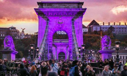 Vasárnap este rózsaszínre színezték és lezárták a Lánchidat
