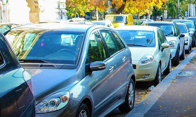 Óránként 800 forintos parkolási díjat is elképzelhetőnek tart a 7. kerületi polgármester