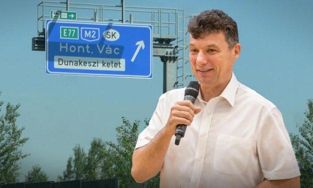 Végre megvan mikor adják át az M2-est, közben Dunakeszi polgármestere megint harcos levelet írt
