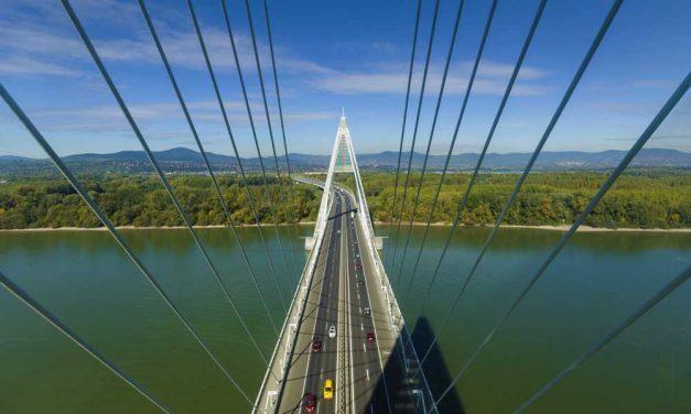 Megyeri híd: Majdnem Chuck Norrisról nevezték el