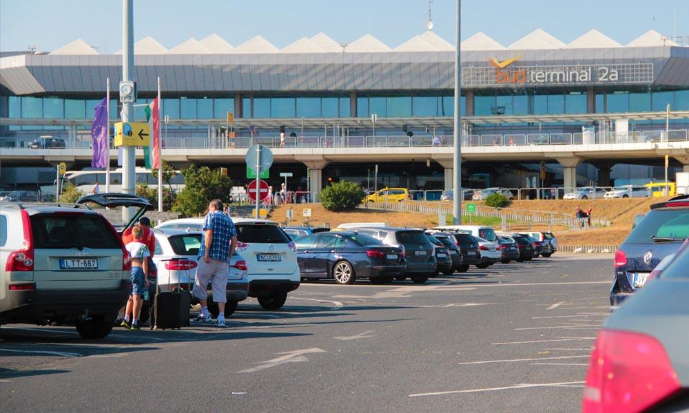 Gigagarázs épül Ferihegyen, bőven lesz parkolóhely a repülőtérnél