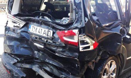 Karambolozott az Orbán Viktor konvoját felvezető autó az M3-as kivezetőn