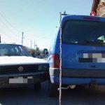 Beugrott a henteshez, közben ellopták és összetörték az autóját