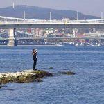 A Dunából mentettek ki egy 17 éves lányt Angyalföldön, beúszott érte a rendőr