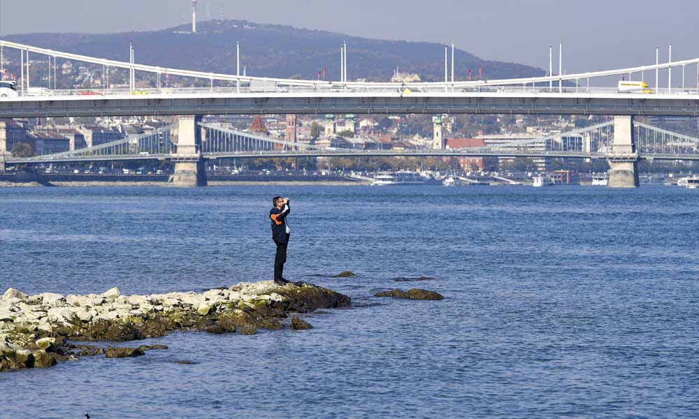 Rekord az agglomerációban! Soha nem volt ilyen alacsony a Duna vízállása