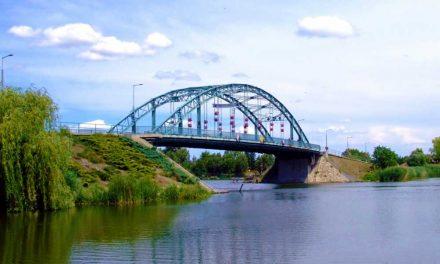 A Dunába ugrott egy asszony a ráckevei Árpád-hídról