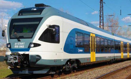 Halálos vonatgázolás Budaörsnél, kétszáz utasért mentesítő járat megy
