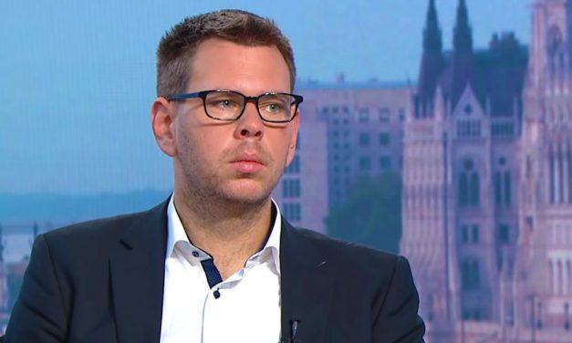 Vitézy Dávid nekiment Szentendre polgármesterének és manipulációval vádolja