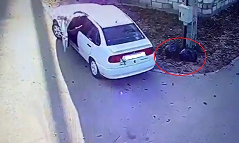 Utcasarkon dobta ki a szemetes zsákokat az autóból, felvette a térfigyelő, mégis neki állt feljebb!