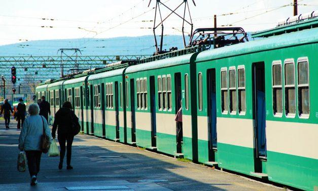 Nagyon várják a budapestiek az új HÉV-szerelvényeket és elutasítják a nagykörúti bringasávokat