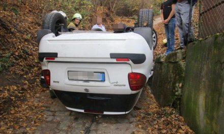 Nem vette észre, hogy felborul az autója, aztán egyszer csak megtörtént a baj