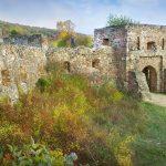 Hősök, apukák és a nagy kaland! Kötelező megnézni az egri vár másolatát a Pilisben