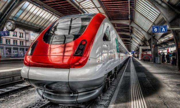 Vonat-tuning: Folyamatosan újulnak meg a MÁV agglomerációban is közlekedő vonatai
