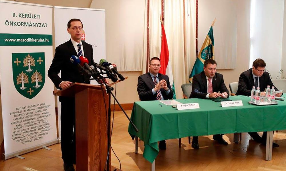 Valósággal felrobbantotta a netet a 2. kerületben élő pénzügyminiszter