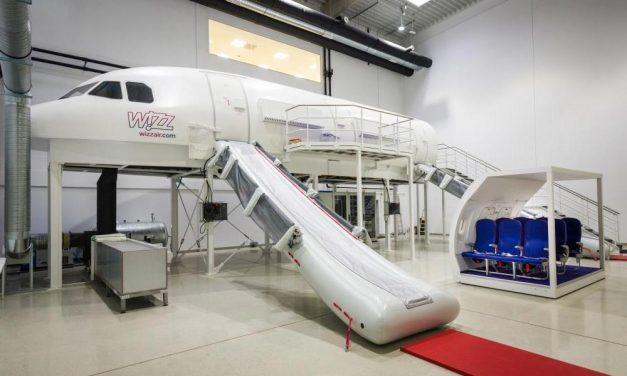 Szupermodern oktatási központot nyitott a Wizz Air az agglomerációban