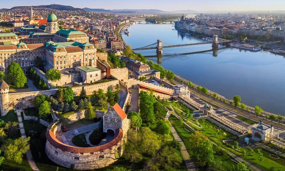 Budapest kapta az idei Európa legjobb úti célja címet Brüsszelben