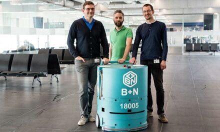 Az utasokat is meglepte a repülőtéren működő magyar fejlesztésű takarítórobot