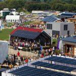 Szupermodern, energiahatékony házak épülnek Szentendrén, hárommilliárdot ad erre az állam