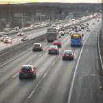 Egy európai országban Jelentős sebességcsökkentés várható az autópályákon és a vasárnapi autózás betiltása is felmerült