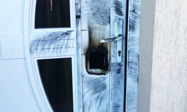 Átégetik az ajtót a betörők – ezzel a technikával több házba is betörtek már