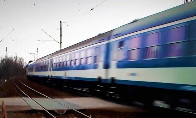 Káosz a MÁV-nál: 3,5 óra alatt ért haza a Keletiből Máriabesnyőre egy utas