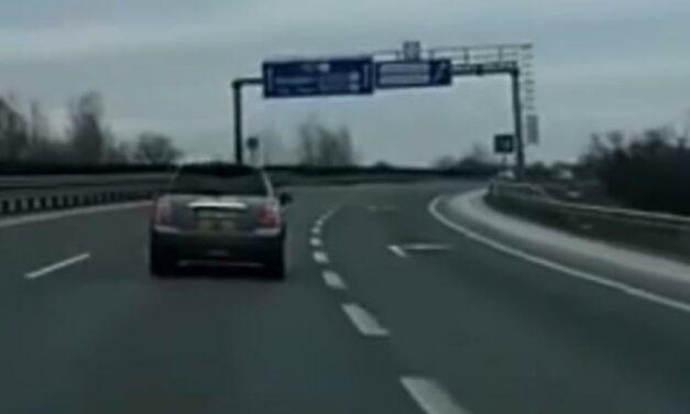 Az idióta a Minivel úgy döntött, megleckéztet egy autóst az M0-áson (Videó)