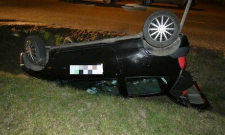 Árokba borult egy lopott autóval a bedrogozott váci testvérpár