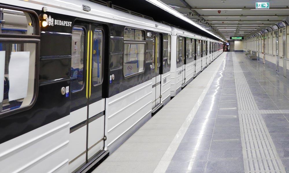 Telefont akart rabolni a metrón a férfi, hasba rúgta az ellenálló nőt
