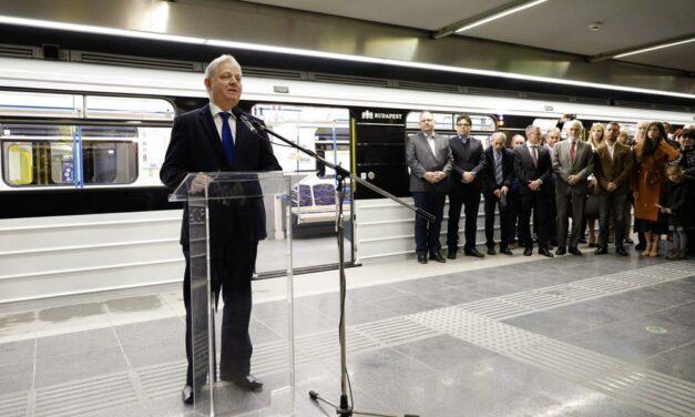 Nagy nap az M3-as metró történetében: Átadták a Lehel tér és Újpest-központ közötti felújított szakaszt