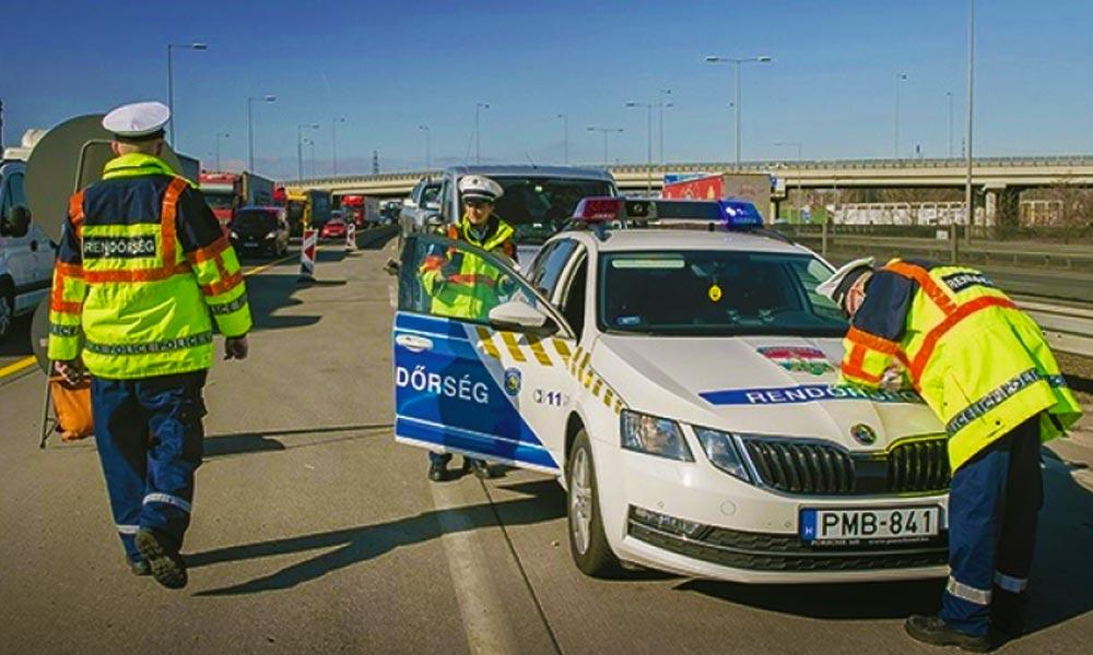 Akcióban a rendőrök! Gyorshajtókra és mobiltelefonáló sofőrökre vadásznak a járőrök az agglomerációban