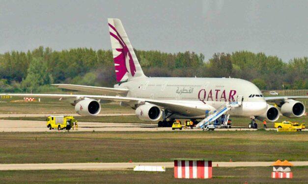 Kényszerleszállást hajtott végre Ferihegyen a világ legnagyobb utasszállító repülőgépe