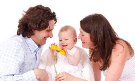 Ajándékpénz a baba születésekor! Ime a 10 leggyermekbarátabb település az agglomerációban